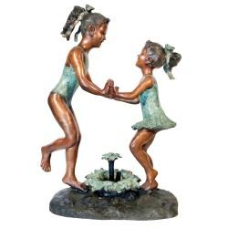 Bronze Beach Girls Dancing Fountain Sculpture