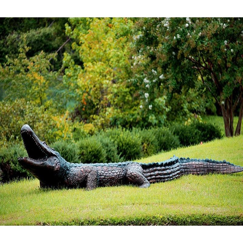 Bronze Alligator Fountain Sculpture